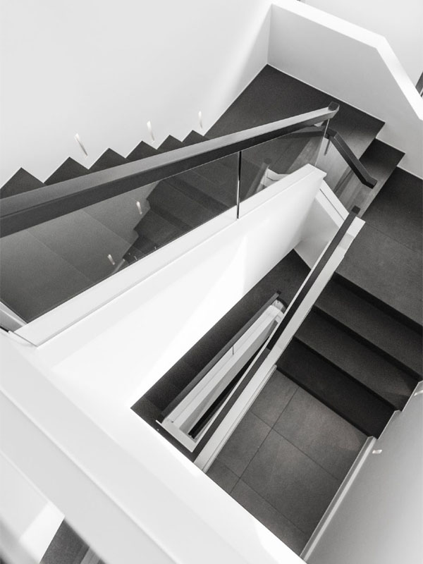 Poole Modern Staircase